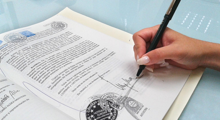 ¿Contrato privado o escritura pública?